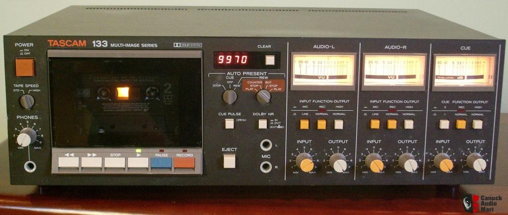 Tascam 133 Cassette Deck